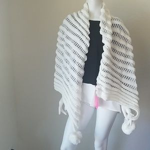 New Betsey Johnson White Pom Pom Scarf #P21